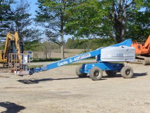 GENIE S40 MANLIFT
